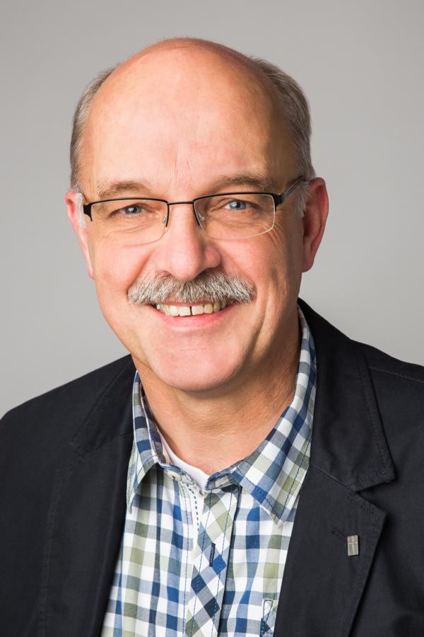 Peer Schmidt